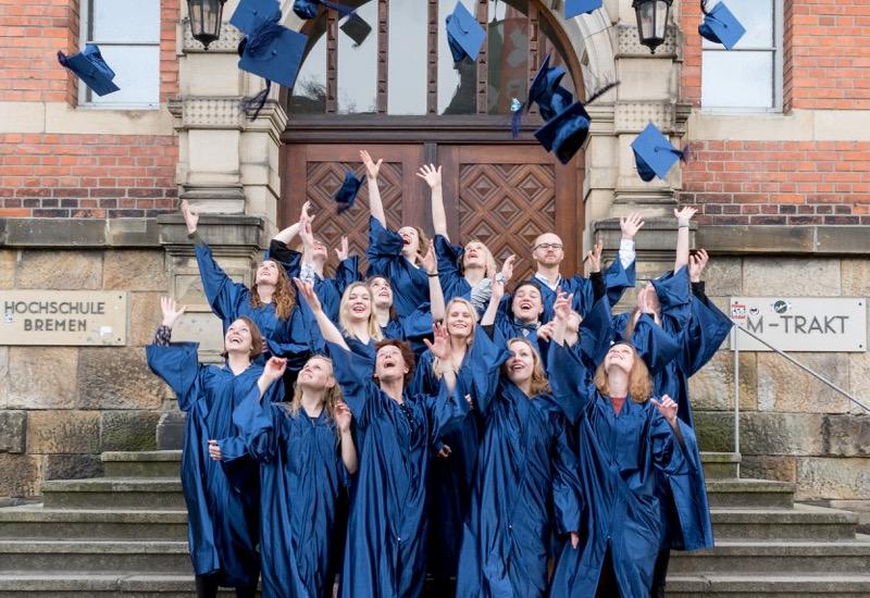 bild oben der abschlussjahrgang 2013 2016 in erlangen privat - Hochschule Bremen Bewerbung